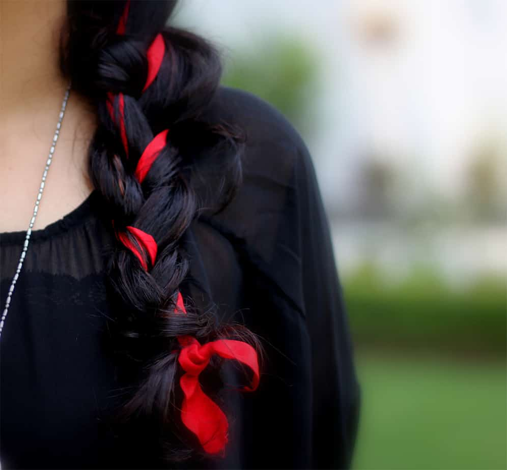 Womens-hairstyles-2017-Hair-ribbon-hair-trends-2017-hairstyles-2017-womens-hairstyles-2017