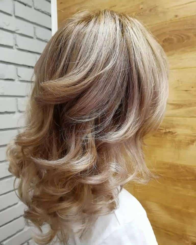 Medium Length Hairstyles 2021