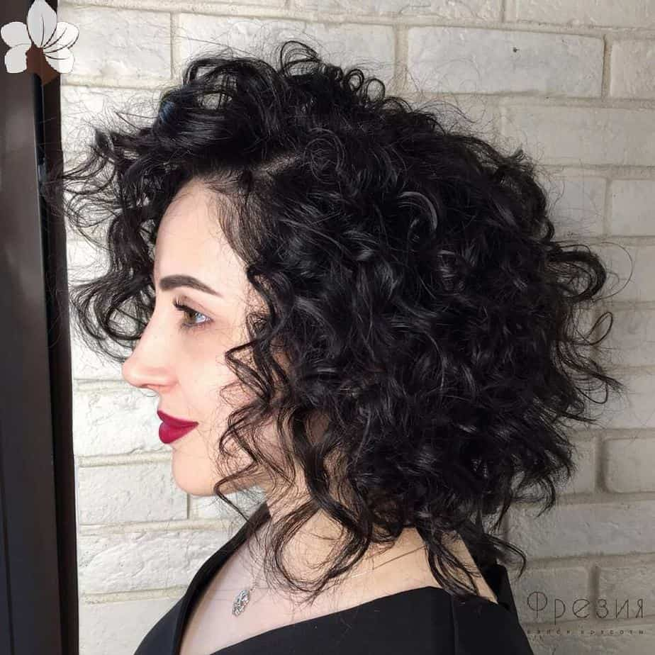 Hairstyles-for-curly-hair-2019
