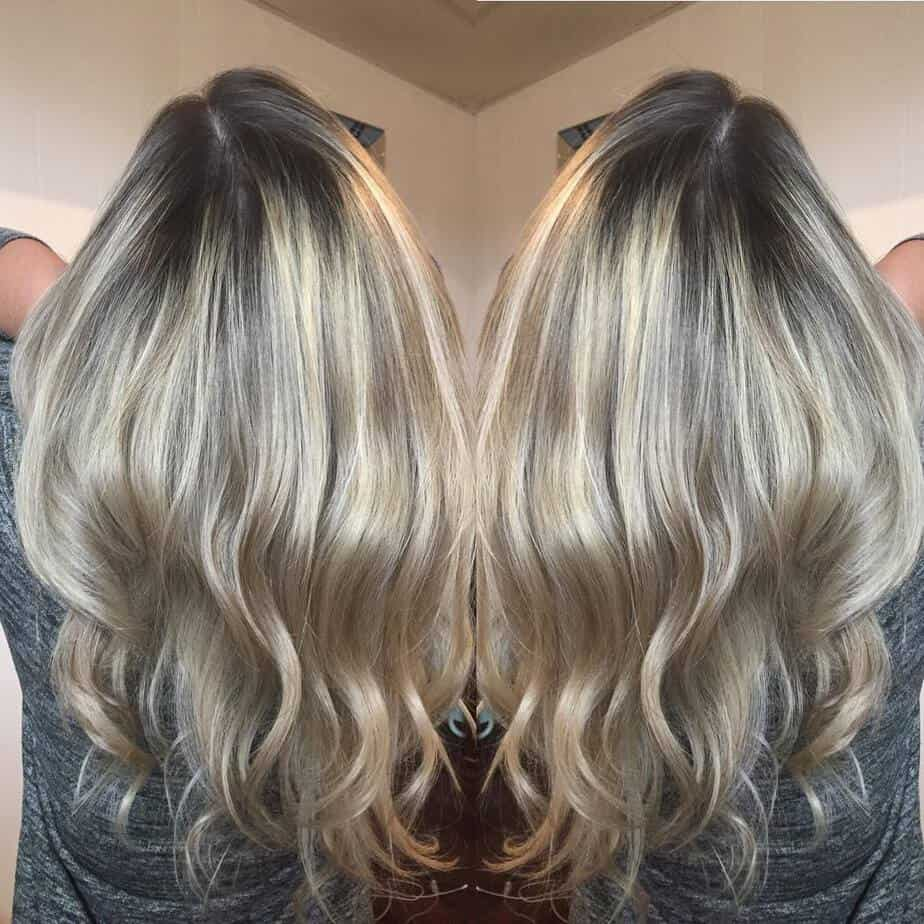 Natural roots on colored hair