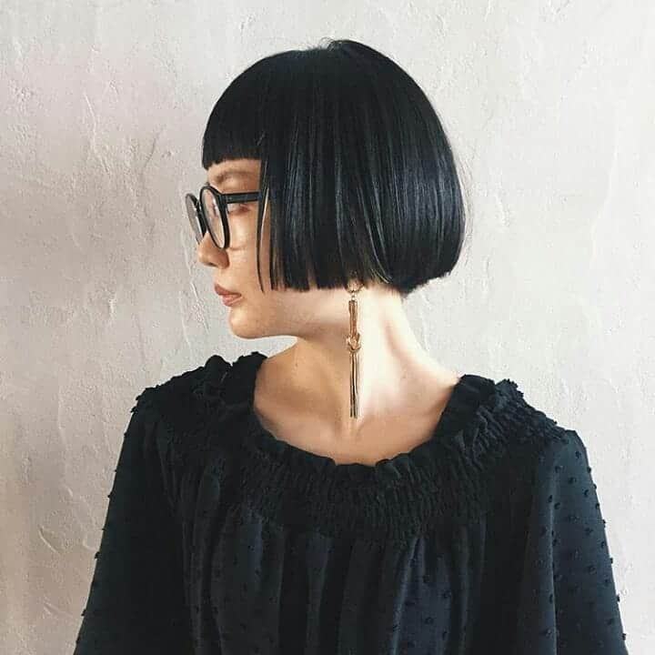 Famous bob-caret combination in hairstyle trends 2020