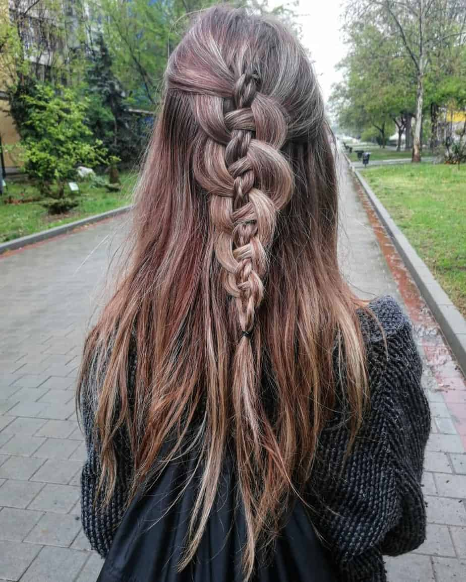 Simple and careless braid