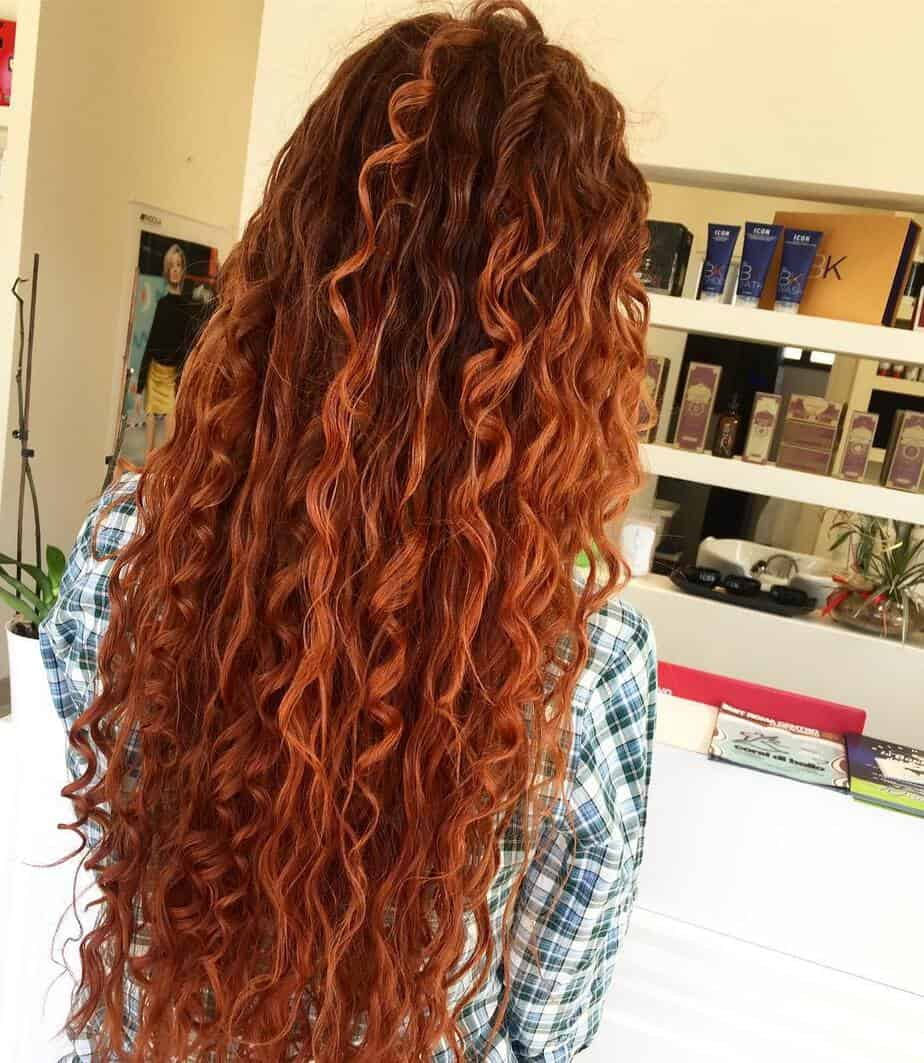 Hairstyles for long curly hair 2020 with copper hue