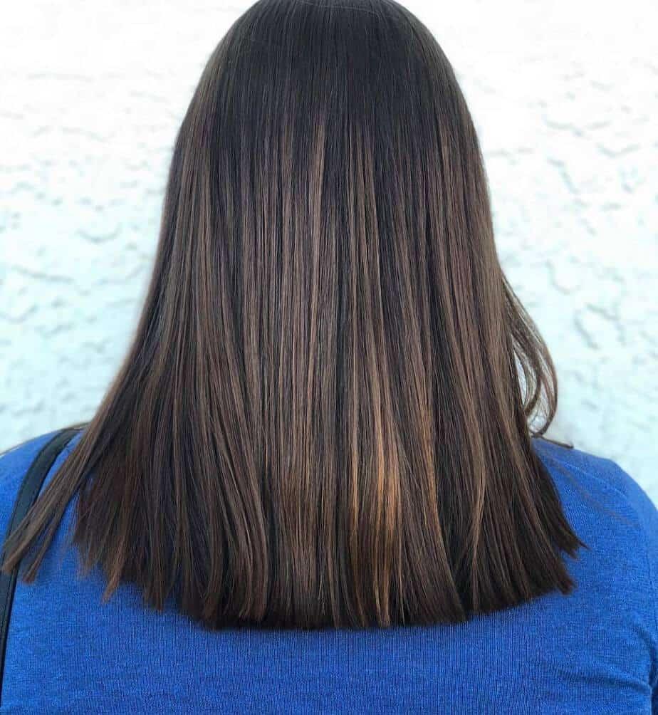 One length evenly cut hair