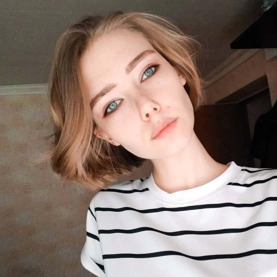medium-bob-haircuts-2020