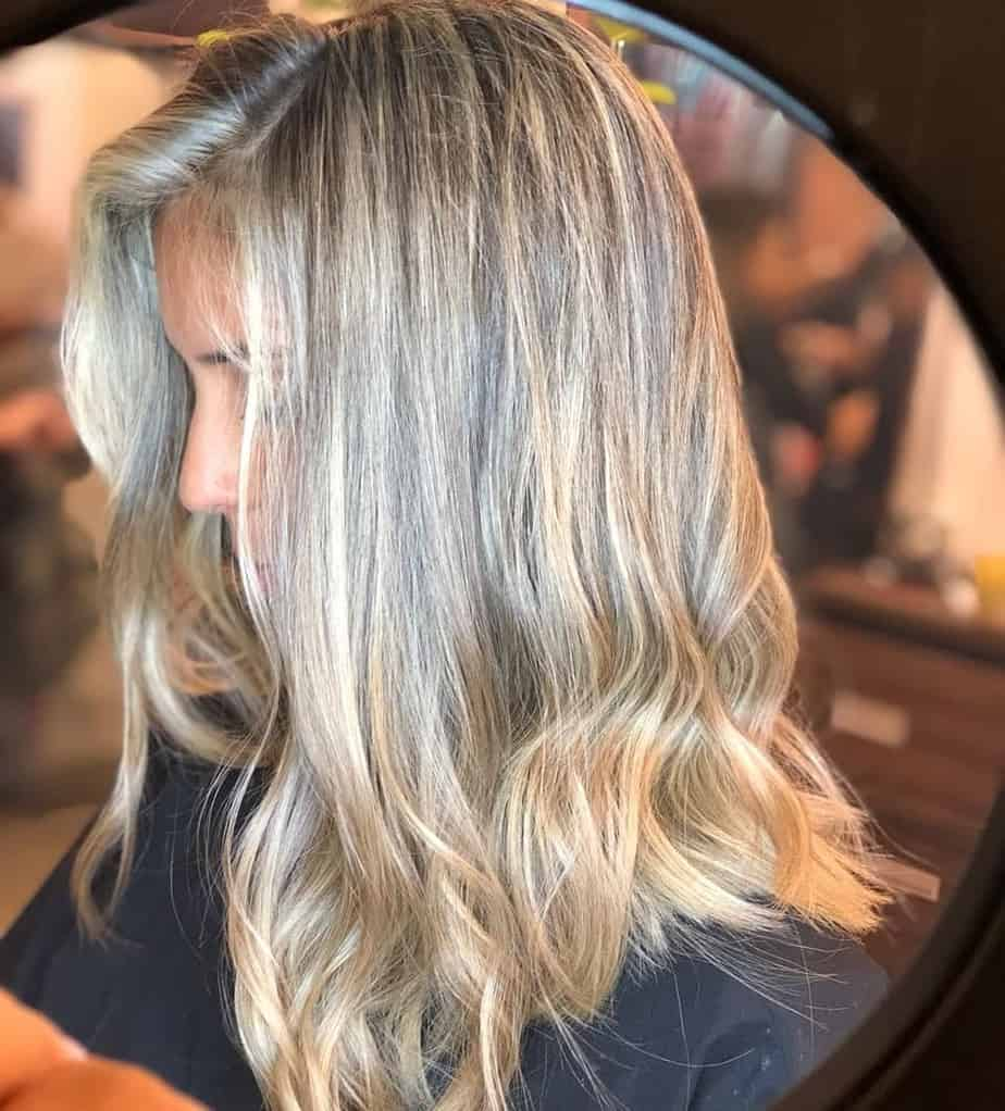 medium-length-hair-trends-2020