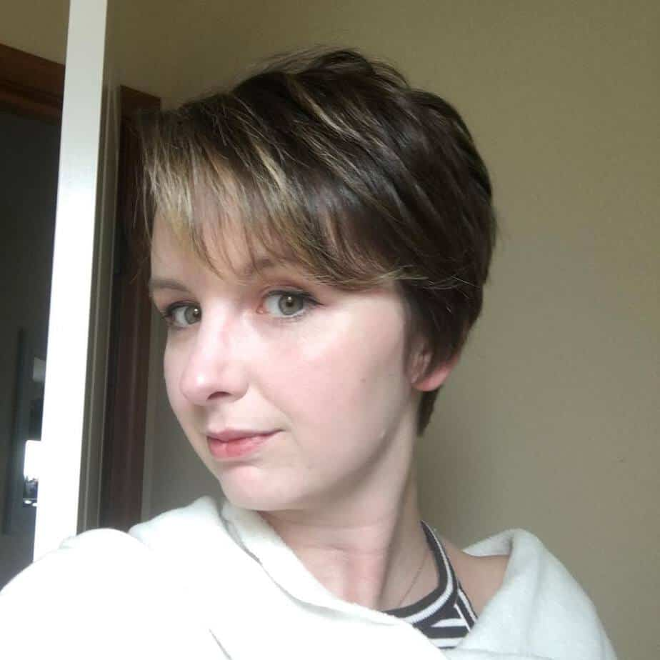 Combination of long pixie and side bangs