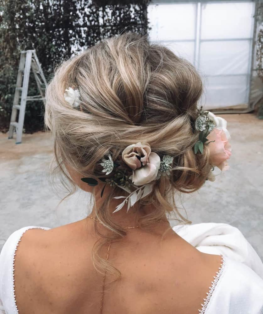 27 Gorgeous Wedding Hairstyles For Long Hair For 2020: Wedding Hairstyles 2020: Best Photos And Tips From Catwalk